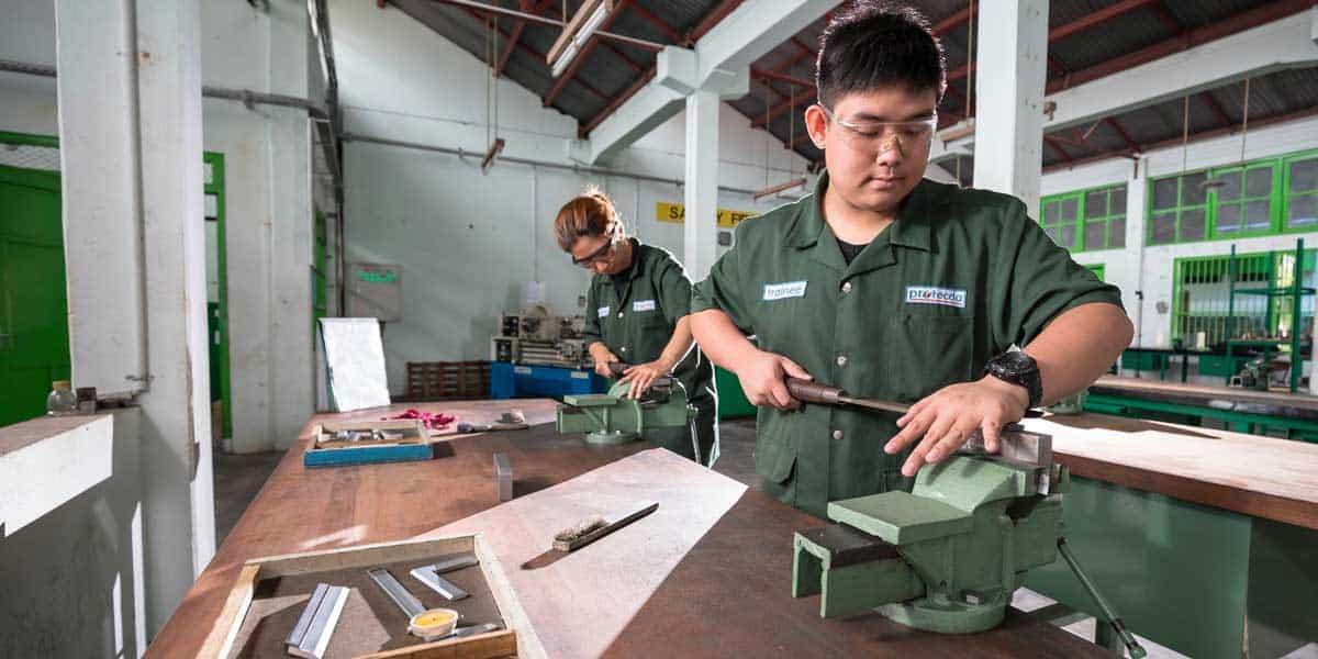 students in vocational school